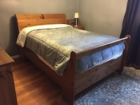 Full size bed frame (mattress not included) Springfield, 22151