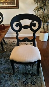 High quality dining room chairs 4 in total  Toronto