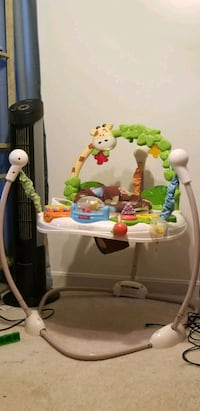 baby's white and green jumperoo Clinton, 20735