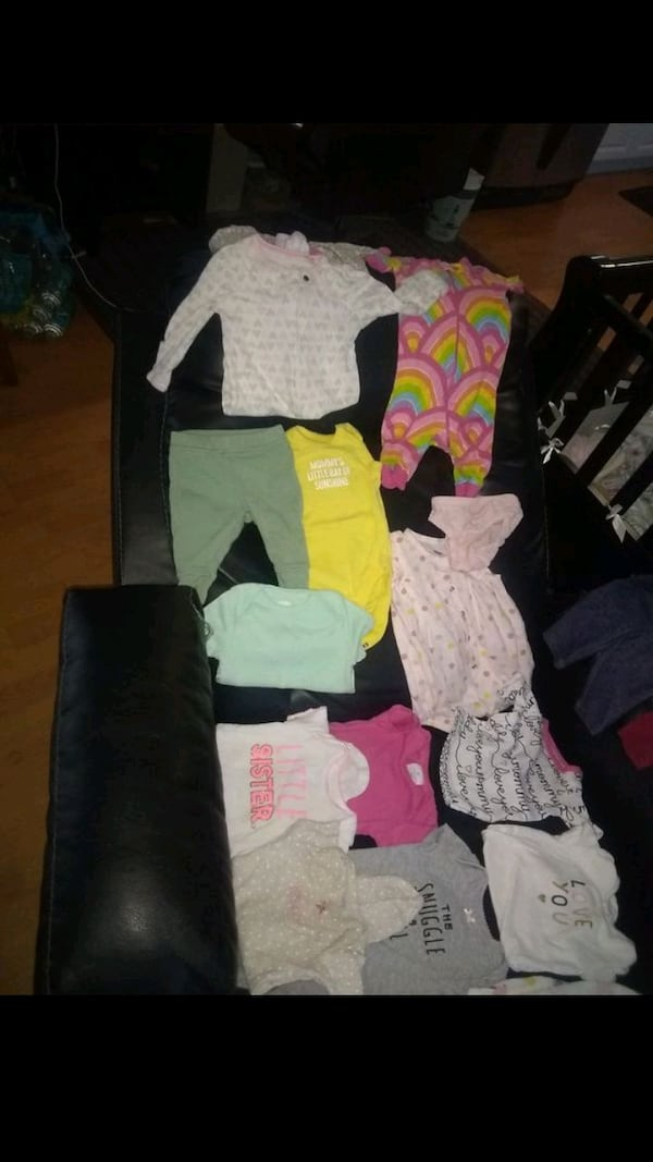 Baby girl clothes 0-3 months cb6759ca-7c5c-410b-affc-df299773004b