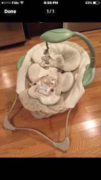 baby's white and gray bouncer Laval, H7T 0C2