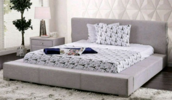 New!! Ligth Gray Queen Bed w/ 1 Nigthstand