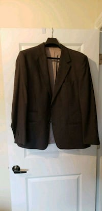 HUGO BOSS suits and jackets 42 and 44 Ajax, L1S 6A2