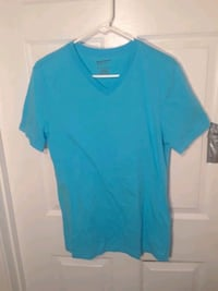 Mens Arizona Light Blue V-Neck T-shirt Size Small Vienna, 22181