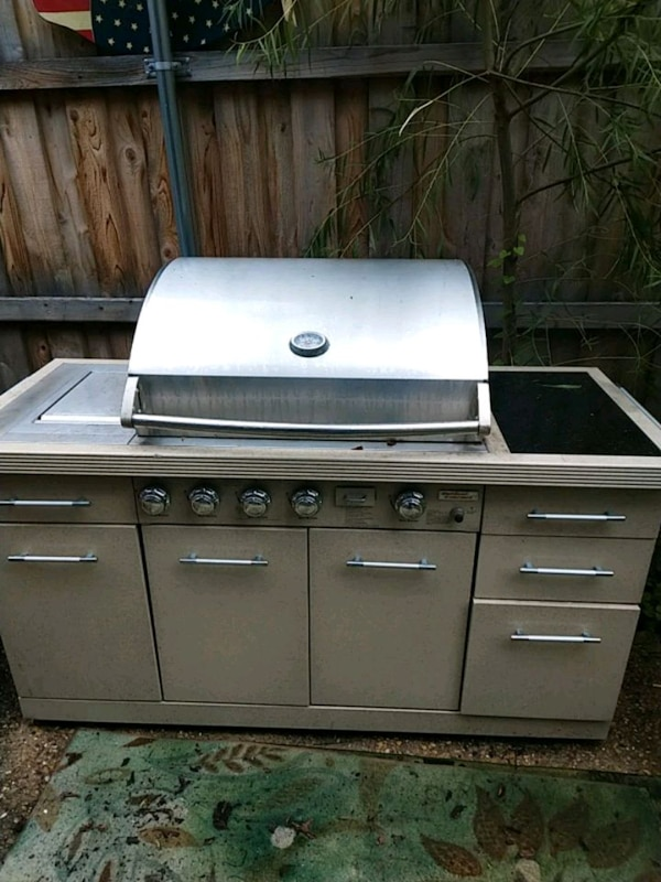Outdoor Gourmet BBQ Grill w/ Granite counter