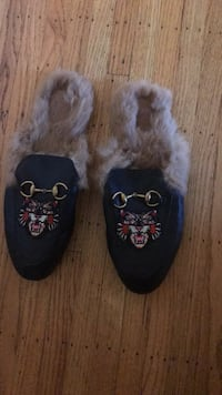 Gucci Slipper Princetown Slipper with angry Cat appliqué 温哥华, V5Z