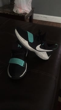 Black-and-white Nike  basketball shoes