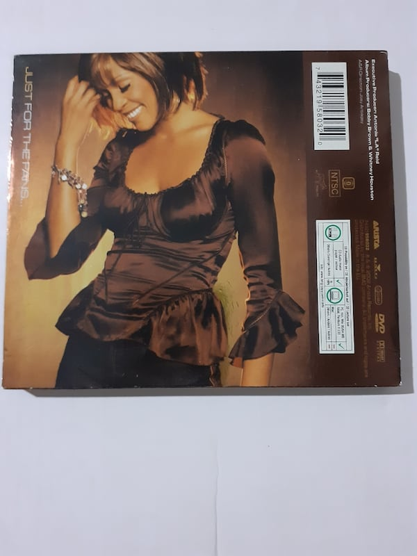 Whitney houston just whitney limited edition cd albüm ve DVD d2754892-8719-4dc7-bad2-58ff363aed49