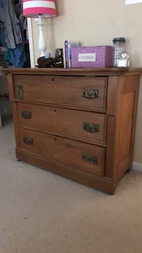 brown wooden 3-drawer chest Woodbridge, 22191