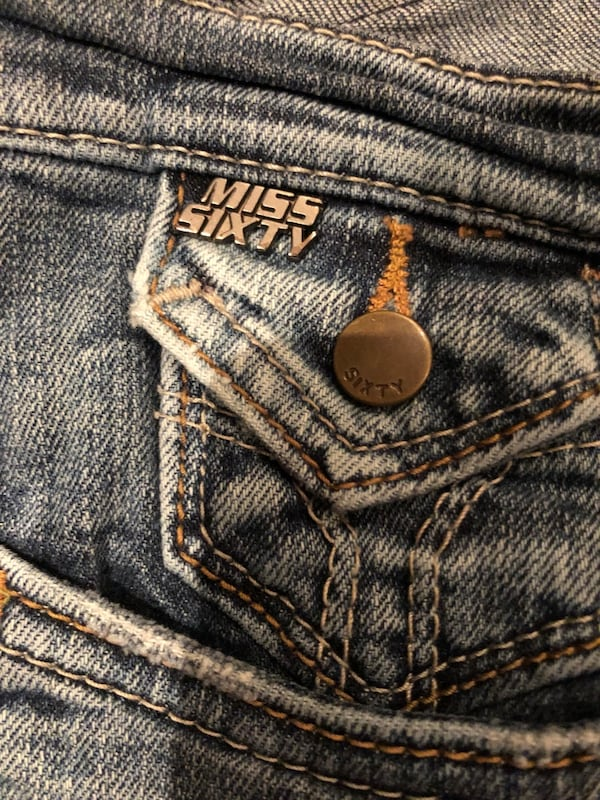 Miss sixty jeans size 27 cf6909be-2552-4b46-b5ee-c54311a6af22
