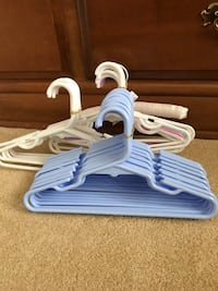 31 Toddler/Baby Clothes hangers Las Vegas, 89131
