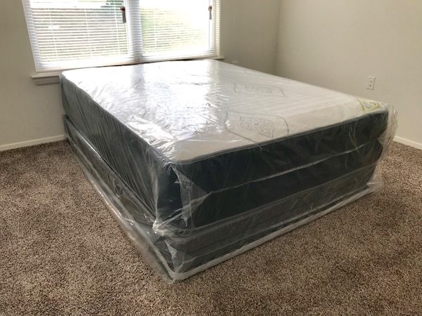 BRAND NEW DOUBLE SIDED QUEEN MATTRESS SET WITH FREE DELIVERY