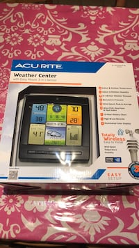 Brand New weather Center with wireless sensor Laval, H7T 1E4
