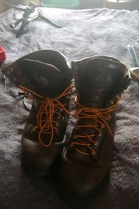 I've got a pair of 9.5 Georga Boots Canton, 28716