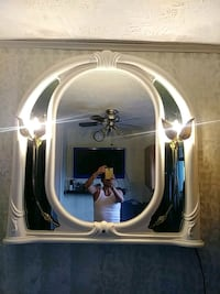 White wall mirror with lights Carlstadt, 07072