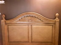 Tommy bahama full/queen bed Mobile