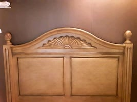 Tommy bahama full/queen bed