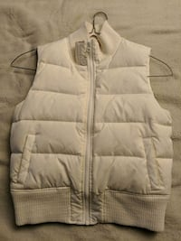 White frost free vest for girls size S Quincy, 02169