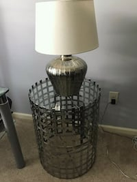 Table and lamp  Toms River, 08757