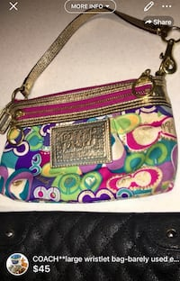 COACH**large wristlet bag-barely used excellent condition London, N5W 6E2