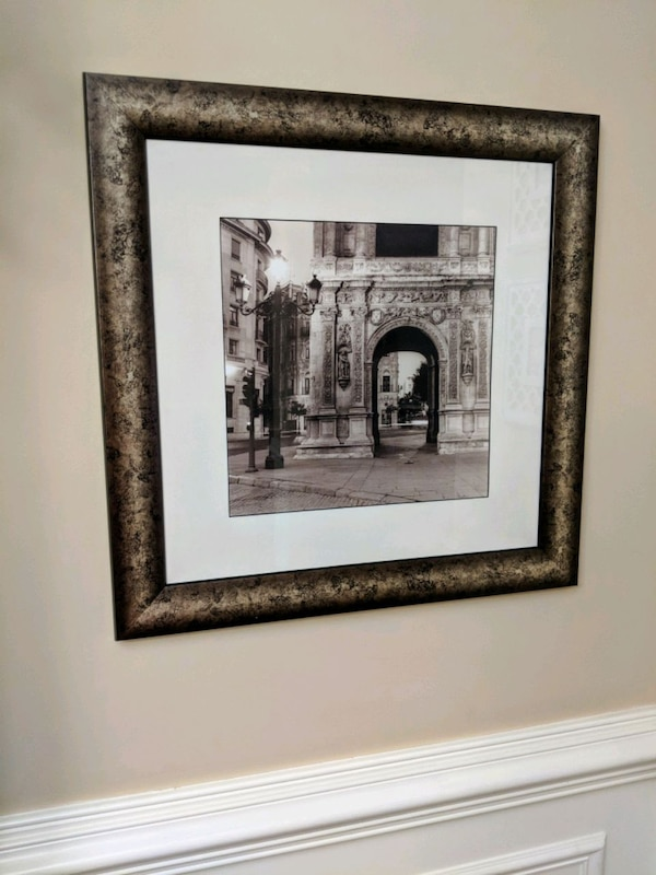Home Decor: Framed matted picture 7cd9351e-c211-4498-88d8-b57338b03ad1