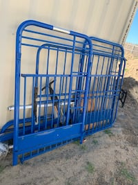blue metal folding shopping cart Manteca, 95337