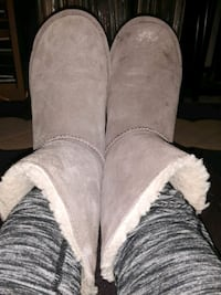 """""""BEARPAW""""   """"WOMENS"""" ANKLE BOOTS SIZE 7"""