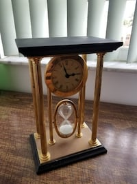Column Clock with Hour Glass Boynton Beach
