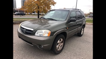 2002 Mazda Tribute awd automatic low kms no accident super clean sunroof