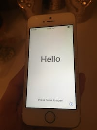 iPhone 5S white/gold 16GB Calgary, T3M