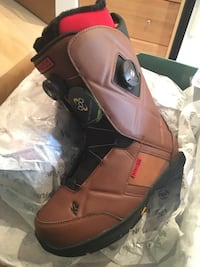 pair of brown leather boots Mississauga, L5N