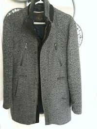 gray/black zip-up jacket Fort Erie, L0S 1B0