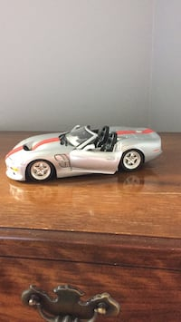 Shelby Roadster 1/18 diecast model car  Toronto, M3J 1Y4