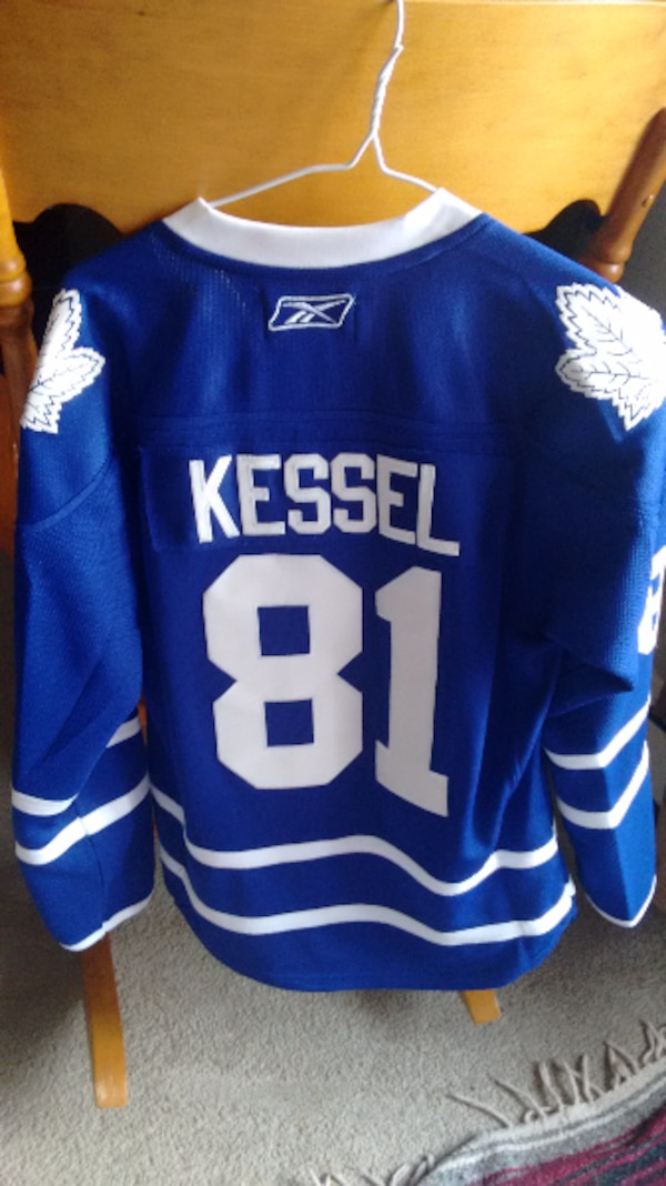 8097a13c7d3 Used Phil Kessel Toronto Jersey Med for sale in OTTAWA - letgo