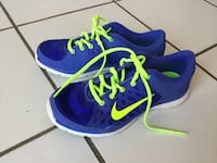 Blue-and-green nike running shoes size 8 Vaughan, L6A 1N1