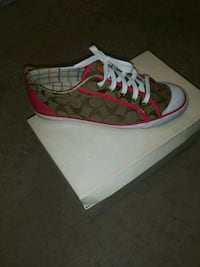 Coach shoes size 11 Detroit, 48221