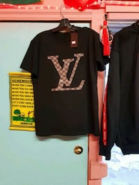 black and yellow adidas crew-neck shirt Winnipeg, R3B 1Z6