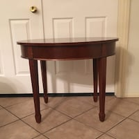 Bombay Company mahogany inlaid accent table, cash only Las Vegas, 89131