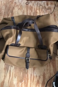 Polo transformable suitcase