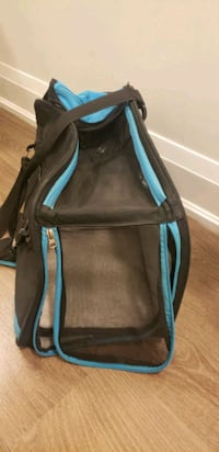 Pet carrier - Good condition, airline approved!  Toronto, M4G 2G6
