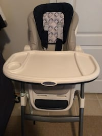 High Chair 2 in 1 - Used Broadlands, 20148