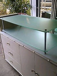 FROSTED GLASS TV STAND Philadelphia, 19104
