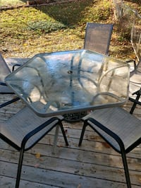 Outdoor patio table/chairs/stand set (7 pieces)