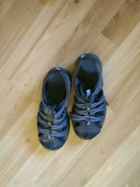 pair of black leather shoes.    7 size Grass Valley, 95945