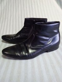 pair of black leather high-shaft shoes Anaheim, 92802