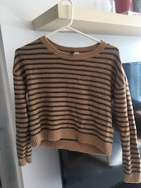 WOMEN'S BLACK AND BROWN STRIPED KNITTED CROPPED SWEATER - SIZE 2/XS Toronto, M1H 3K2