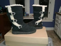 pair of black UGG boots Bellevue, 15202