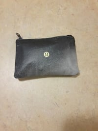 black leather bi-fold wallet (Lululemon) Ottawa, K1V 8X8