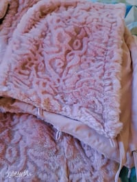 pink winter coat  ,reversible  ,fur on one side St. Catharines, L2M 4G1