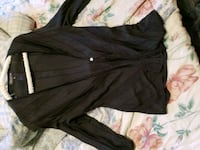 black button-up long-sleeved shirt Port Orchard, 98367